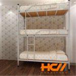 Giường sắt 3 tầng màu kem