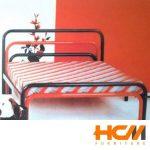 Giường sắt cách điệu đỏ đen 1.6m x 2m